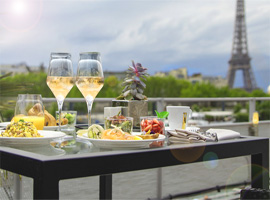 Brunch on the Seine river